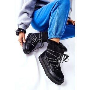 Snow Boots Fleece-Lined On A Platform Black Salemi